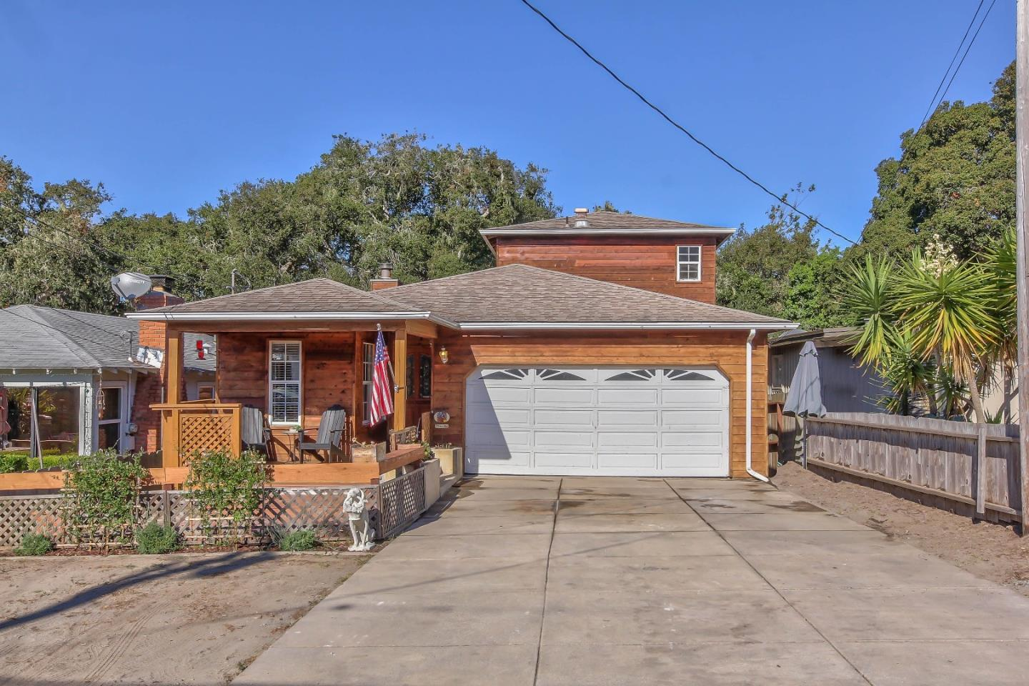 Detail Gallery Image 1 of 1 For 1224 Miles Ave, Pacific Grove,  CA 93950 - 3 Beds   2 Baths