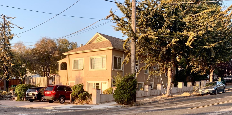 21498 Oak Street Hayward, CA 94546