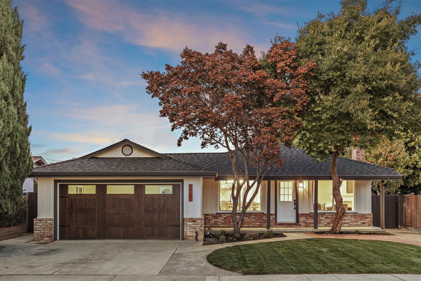 Detail Gallery Image 1 of 34 For 955 Bidwell Ave, Sunnyvale, CA 94086 - 3 Beds | 2 Baths