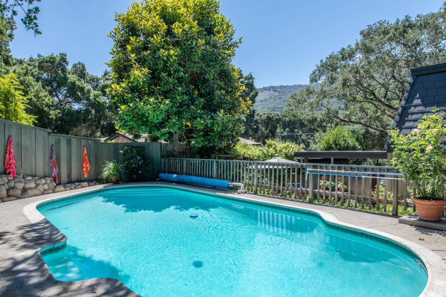 Detail Gallery Image 1 of 37 For 13 Paso Cresta, Carmel Valley, CA 93924 - 3 Beds | 1/1 Baths