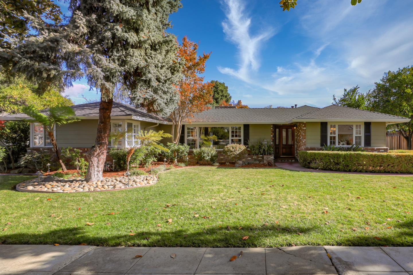 Detail Gallery Image 1 of 1 For 1878 Kocher Dr, San Jose, CA 95125 - 3 Beds | 2/1 Baths