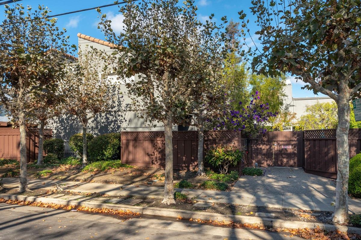 20 B Barneson Avenue San Mateo, CA 94402