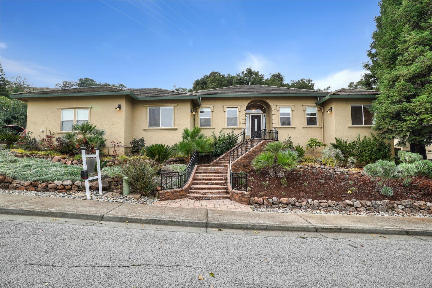 291 Oak Grove CT, Morgan Hill in Santa Clara County, CA 95037 Home for Sale