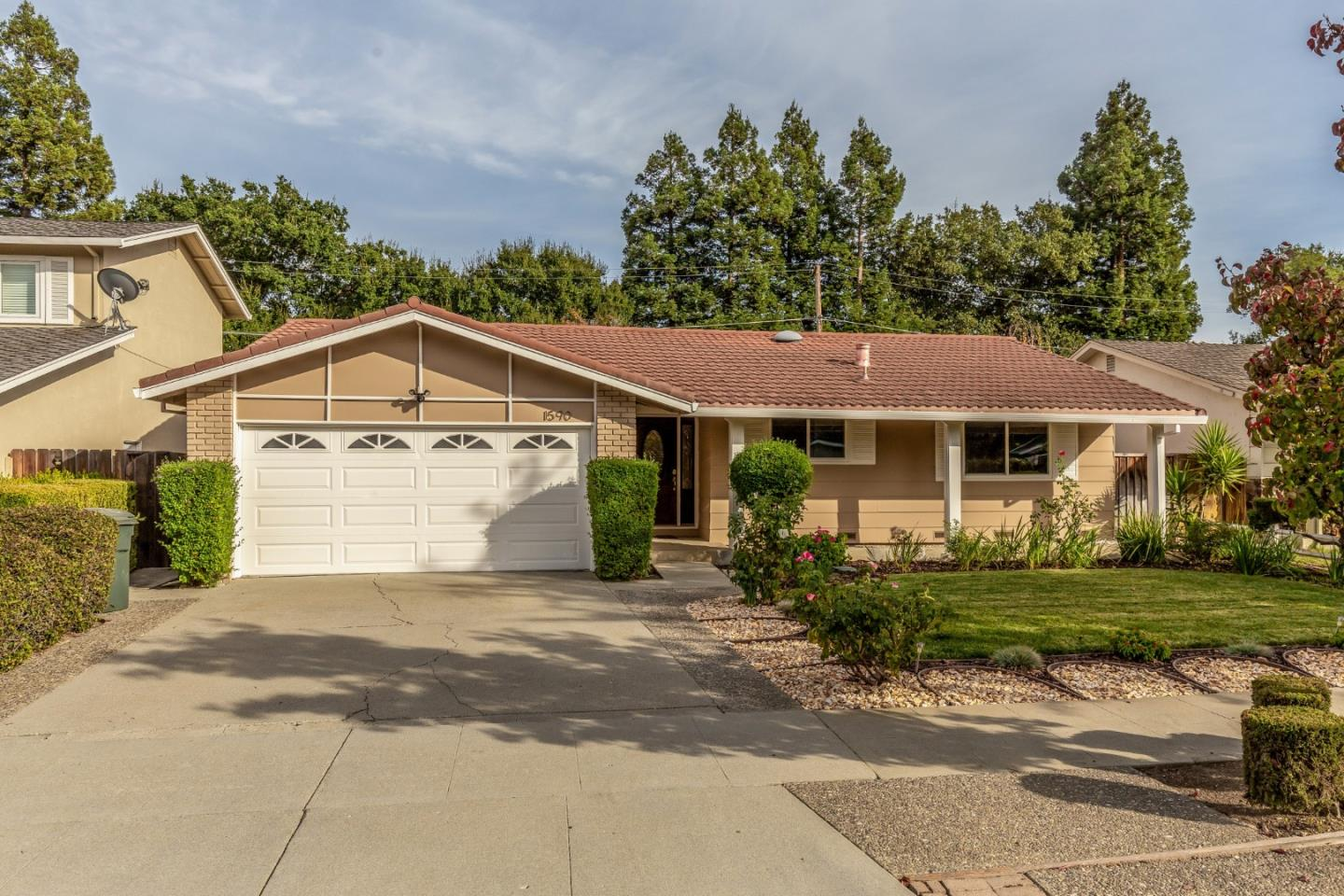 Detail Gallery Image 1 of 1 For 1590 Jamestown Dr, Cupertino,  CA 95014 - 4 Beds | 2 Baths