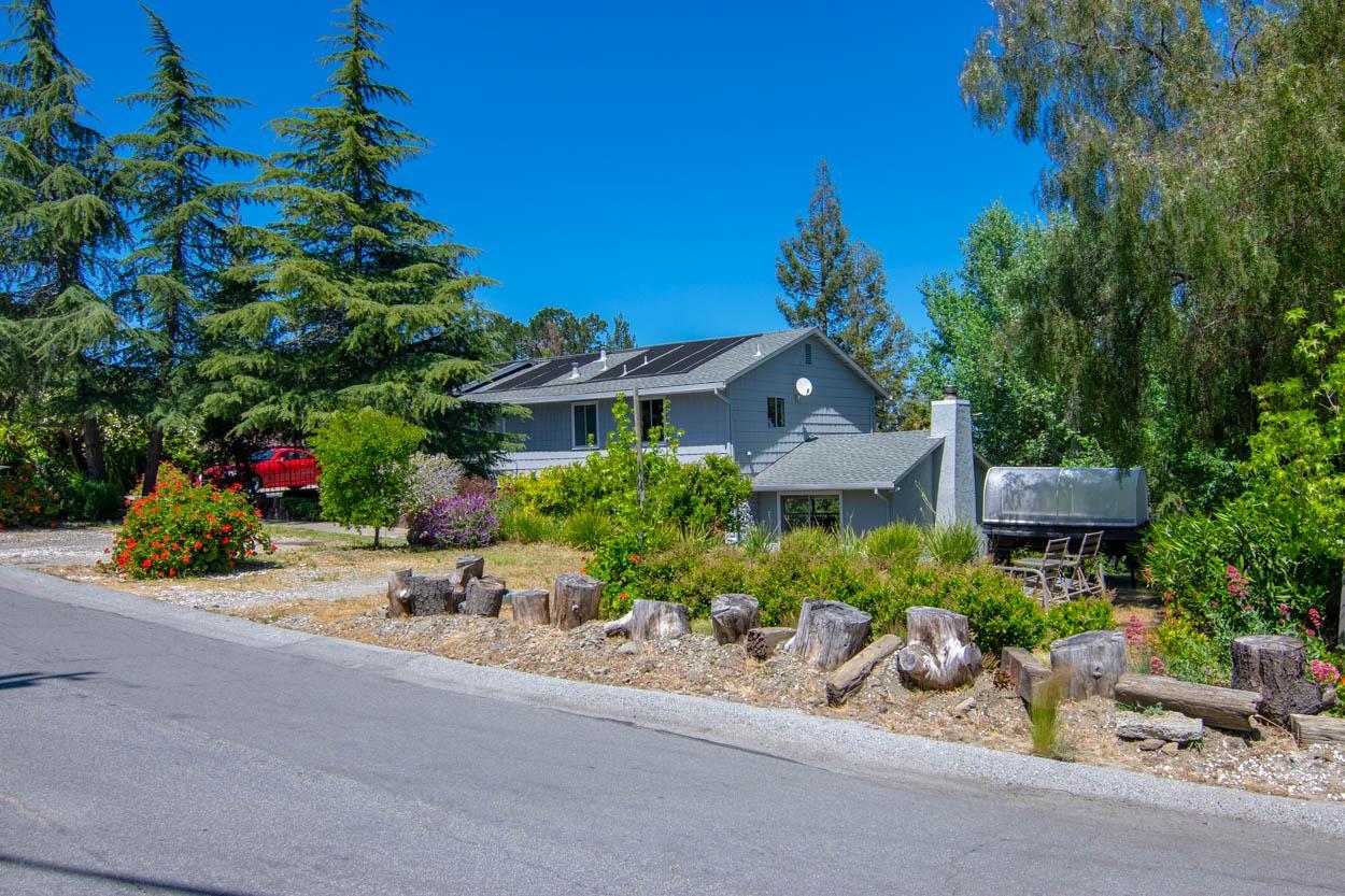 878 Hillcrest DR, Redwood City, California