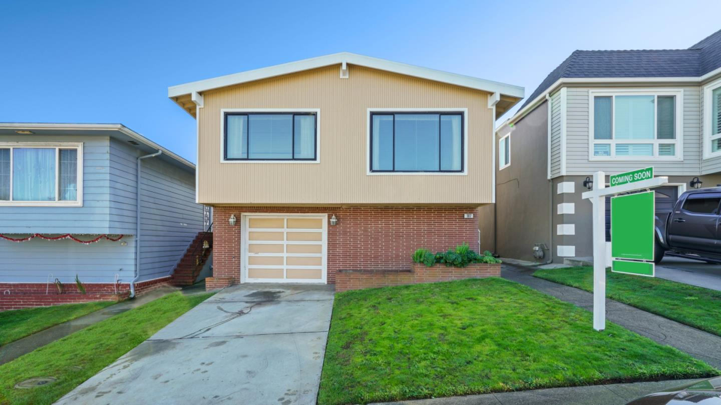 Detail Gallery Image 1 of 1 For 187 Camelia Dr, Daly City,  CA 94015 - 3 Beds | 2 Baths