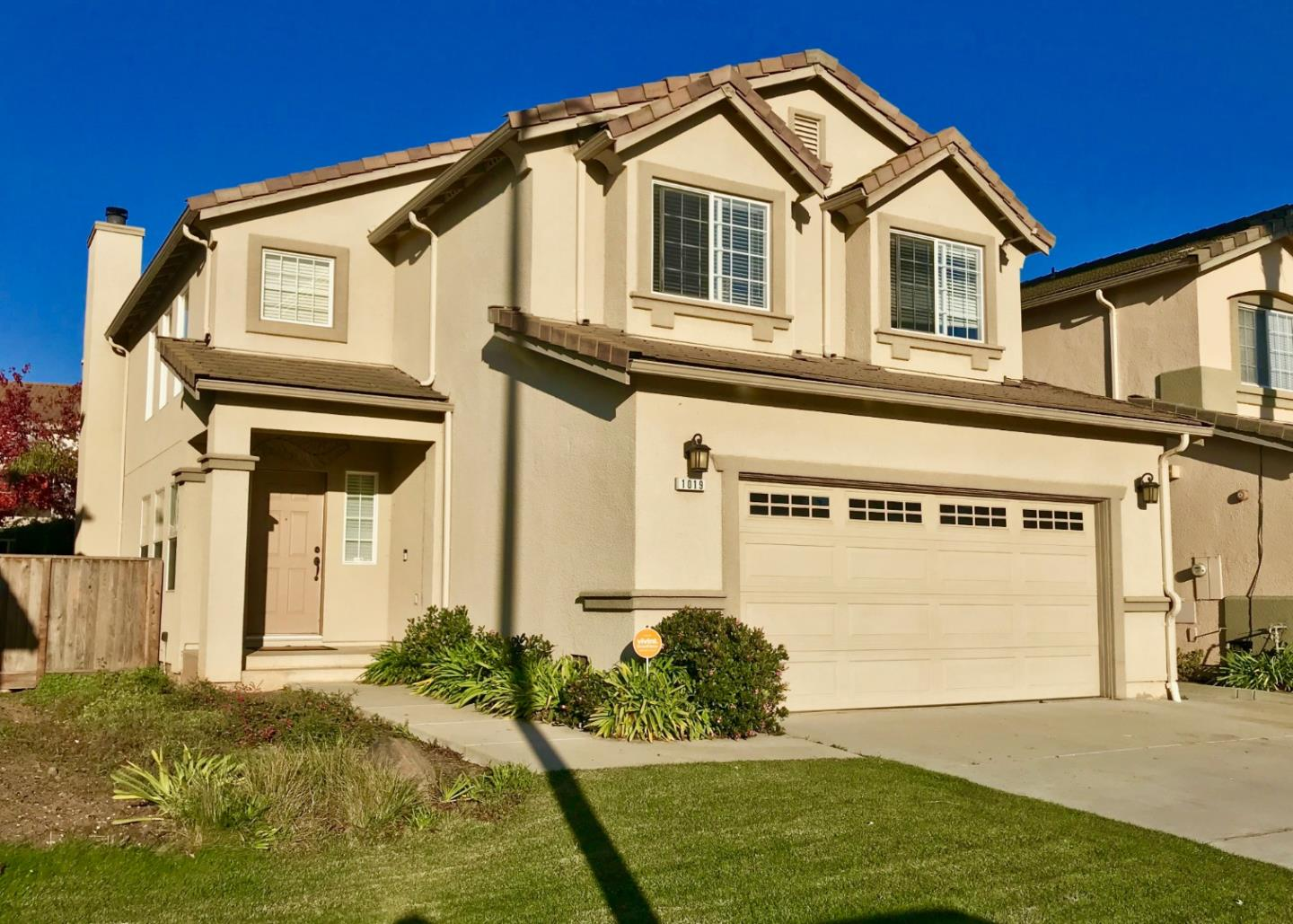 Detail Gallery Image 1 of 1 For 1019 Fitzgerald St, Salinas,  CA 93906 - 4 Beds | 2/1 Baths
