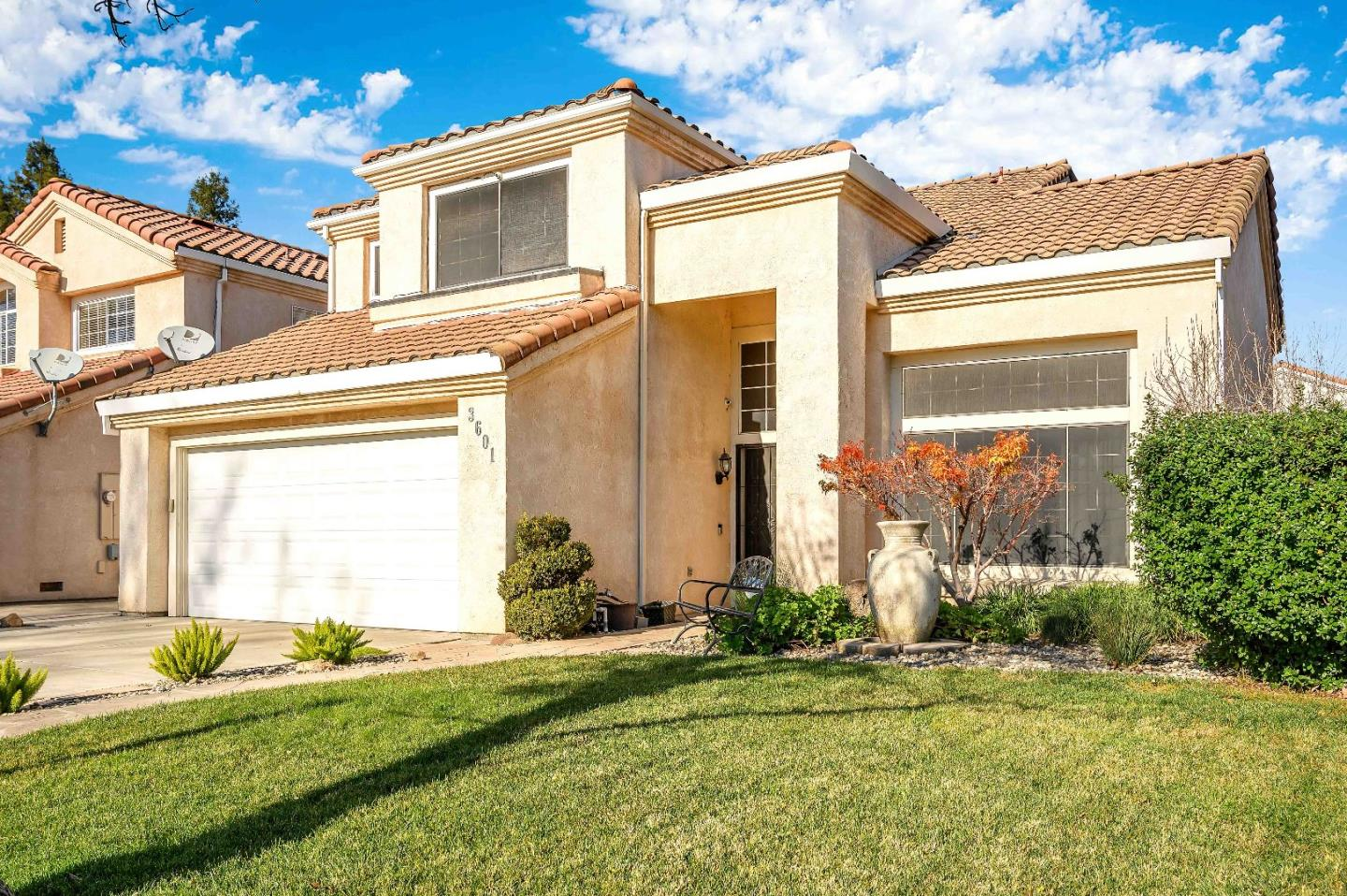 Detail Gallery Image 1 of 12 For 3601 Ardia Ave, Modesto, CA 95357 - 3 Beds | 2/1 Baths