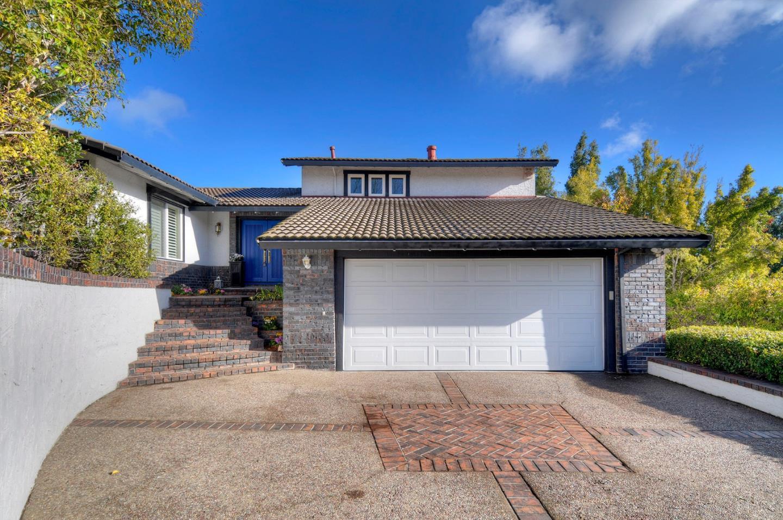 1093 Valley View Court Los Altos, CA 94024