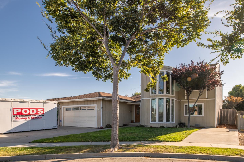 Detail Gallery Image 1 of 1 For 35 San Felipe Ct, Salinas,  CA 93901 - 5 Beds | 3 Baths