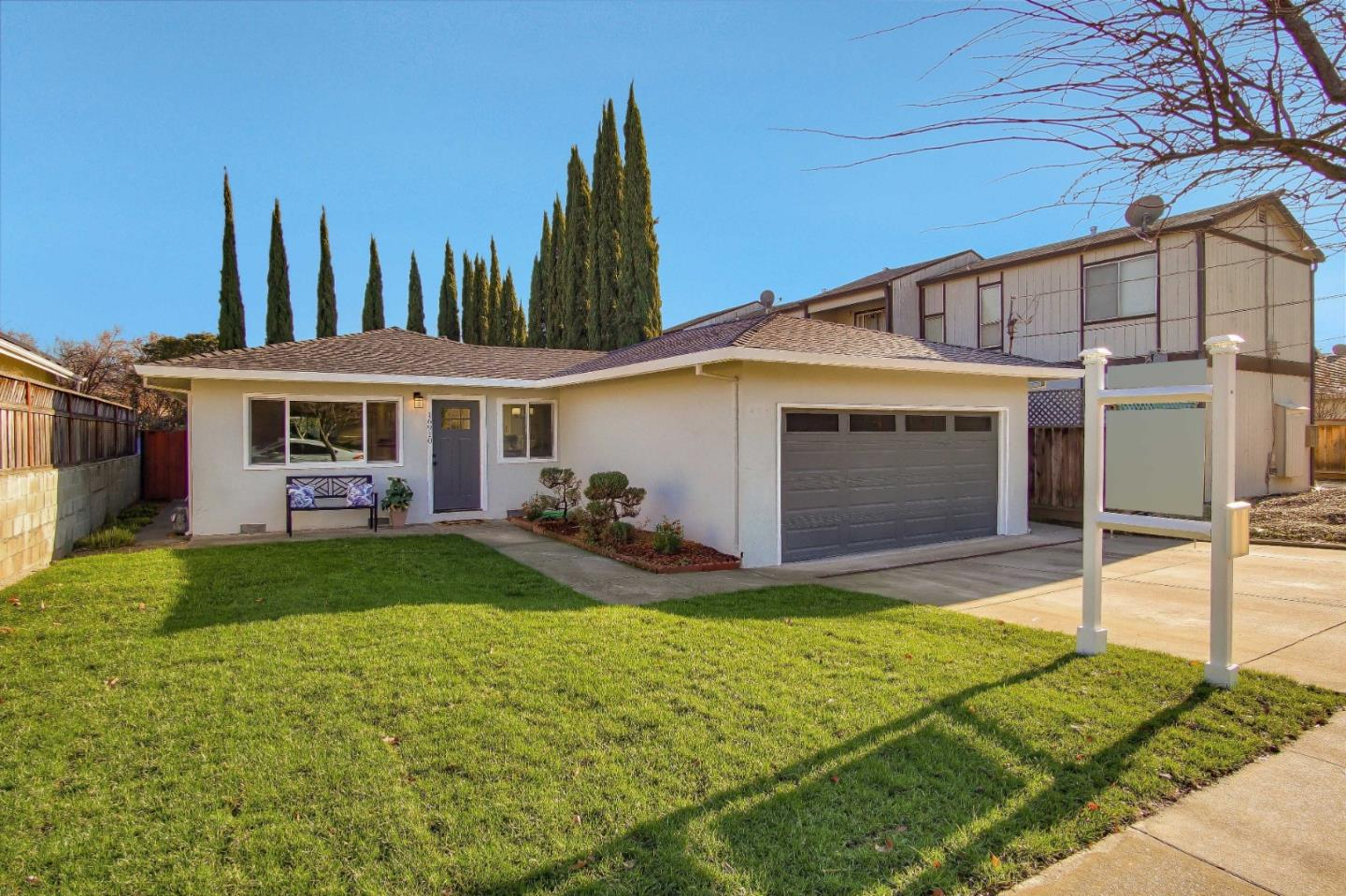 Detail Gallery Image 1 of 32 For 16910 Barnell Ave, Morgan Hill, CA 95037 - 3 Beds | 2 Baths