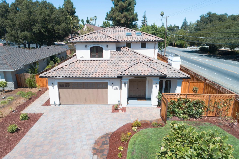 1289 Eureka Avenue Los Altos, CA 94024