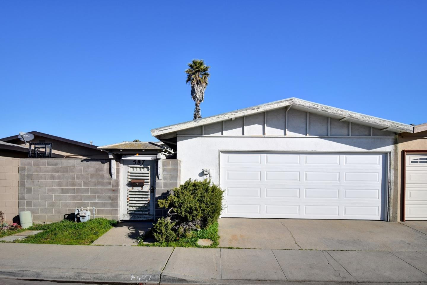 Detail Gallery Image 1 of 1 For 587 Yreka Dr, Salinas,  CA 93906 - 3 Beds | 2 Baths