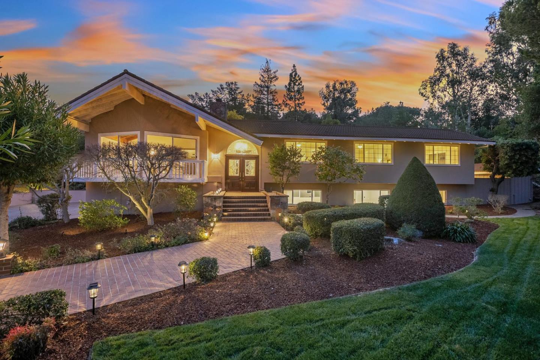 13545 Saraview Drive Saratoga, CA 95070