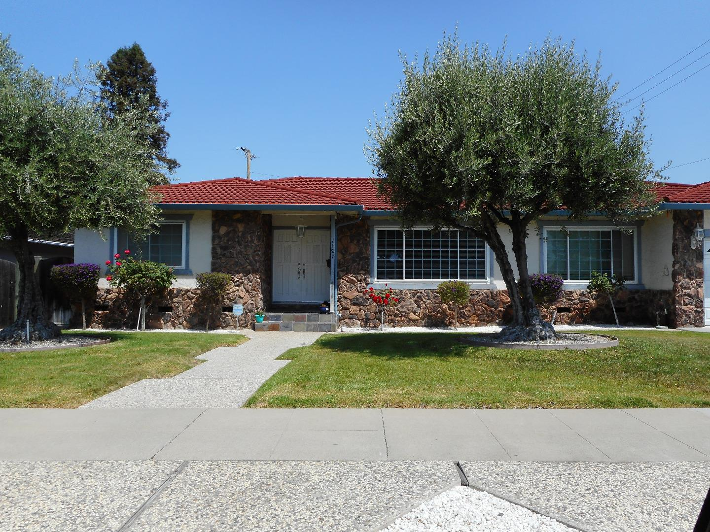 1127 Koch Lane San Jose, CA 95125