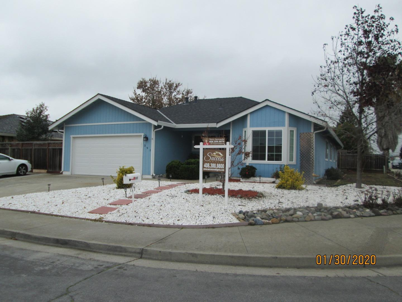 391 El Toro Drive Hollister, CA 95023