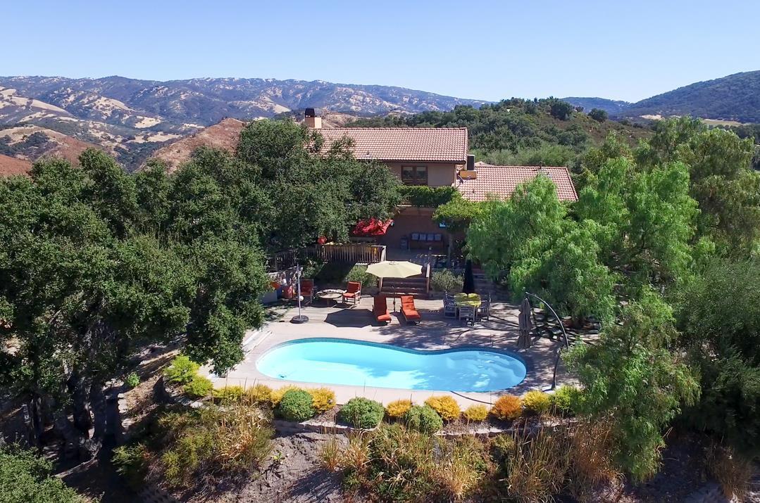 21575 Parrott Ranch Road Carmel Valley, CA 93924