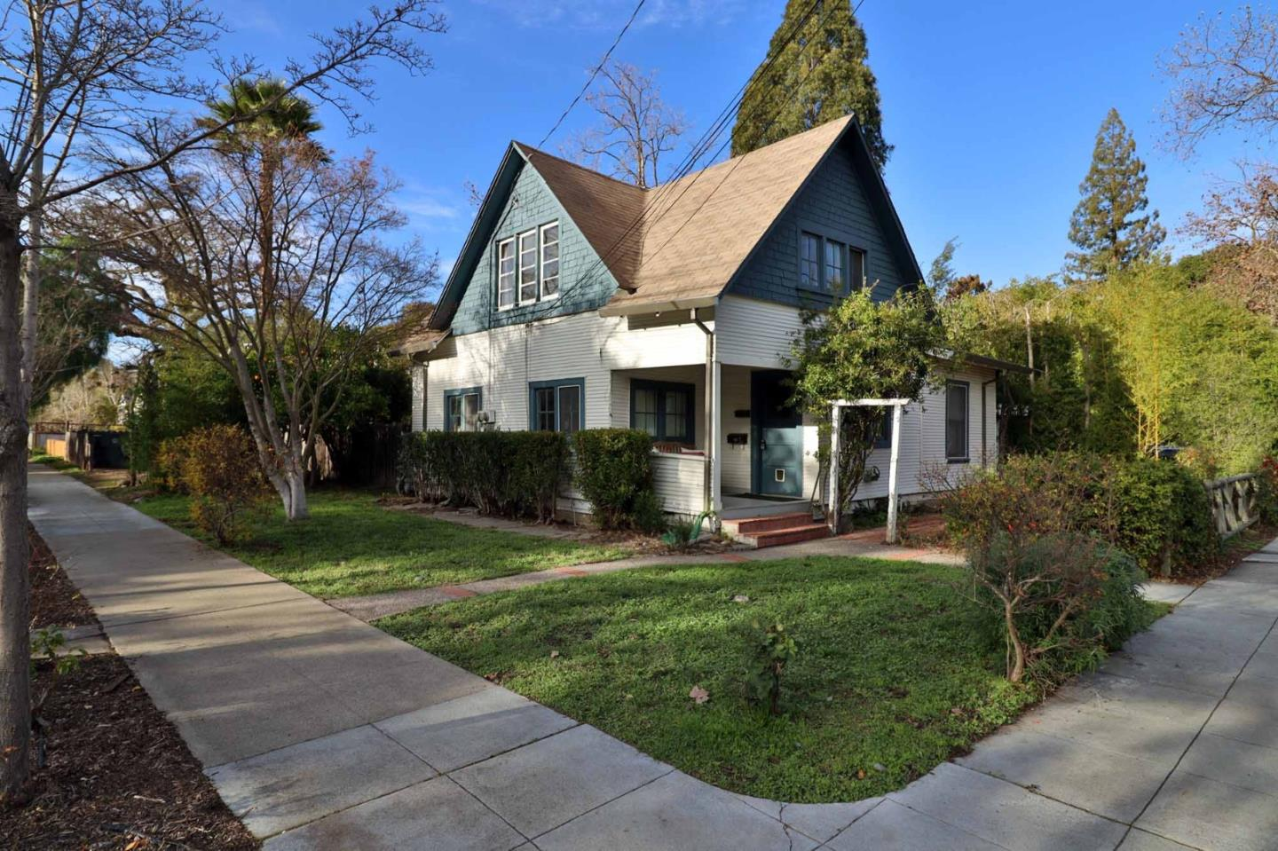 Detail Gallery Image 1 of 1 For 1080/1082 College Ave, Palo Alto,  CA 94306 - – Beds | – Baths