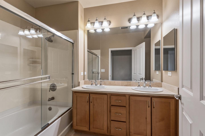 1388 Broadway 185, MILLBRAE, California 94030, 2 Bedrooms Bedrooms, ,2 BathroomsBathrooms,Residential,For Sale,1388 Broadway 185,ML81780652