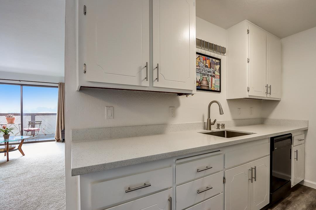 721 Marcie CIR, SOUTH SAN FRANCISCO, California 94080, 1 Bedroom Bedrooms, ,1 BathroomBathrooms,Residential,For Sale,721 Marcie CIR,ML81780654