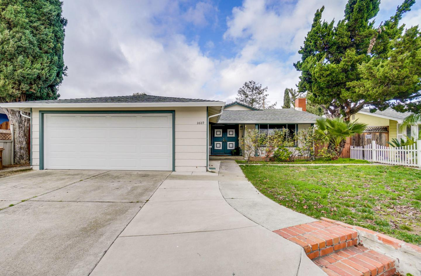 2669 Kendrick CIR, SAN JOSE, California 95121, 3 Bedrooms Bedrooms, ,2 BathroomsBathrooms,Residential,For Sale,2669 Kendrick CIR,ML81780656