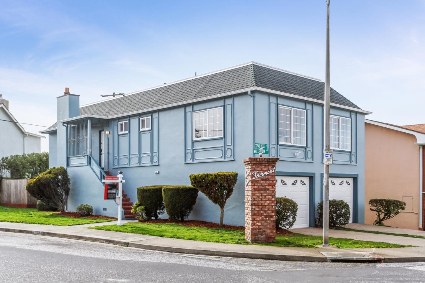 Detail Gallery Image 1 of 1 For 100 Beachview Ave, Pacifica,  CA 94044 - 4 Beds | 2 Baths