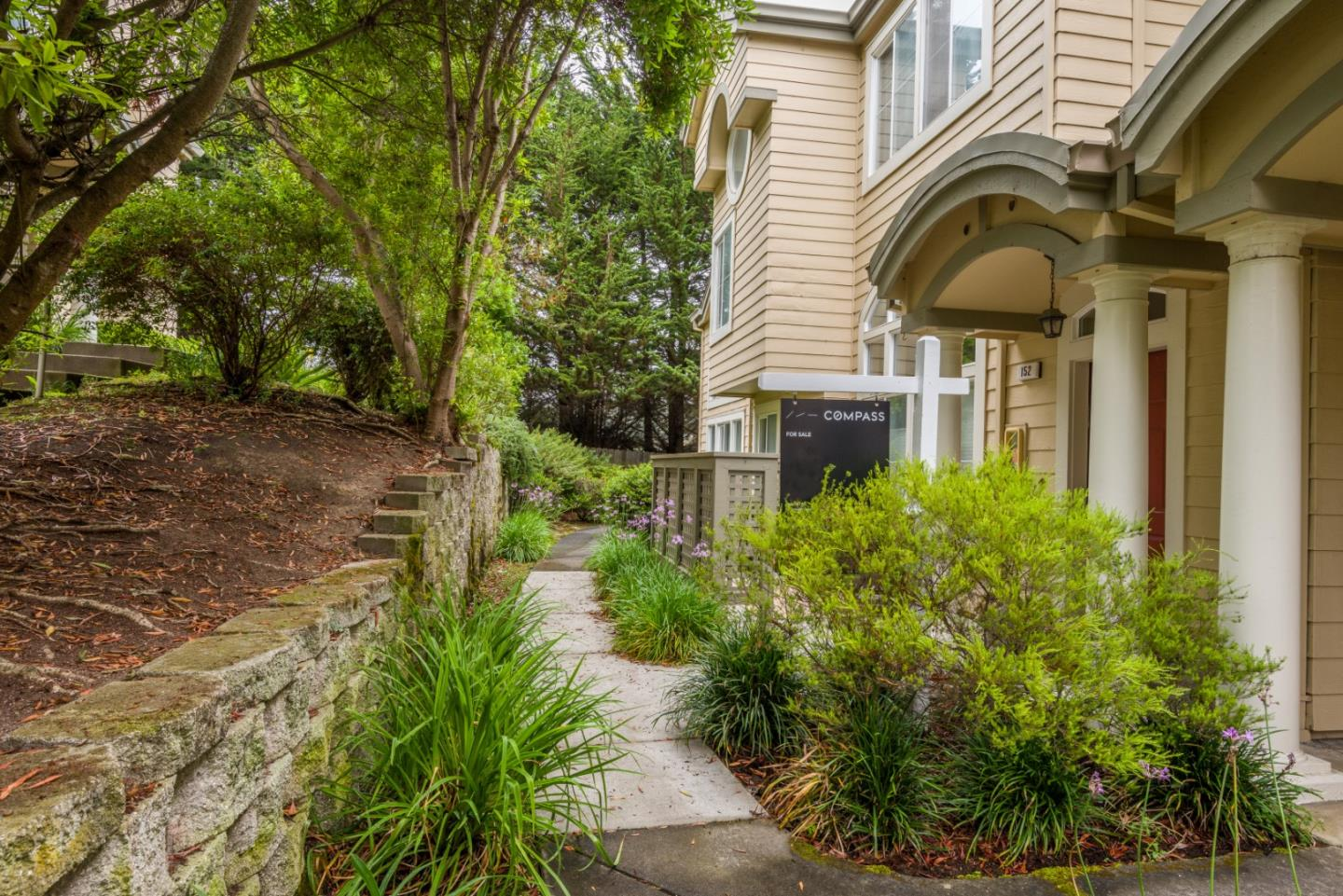 Detail Gallery Image 1 of 1 For 152 Patrick Way, Half Moon Bay, CA 94019 - 2 Beds | 2/1 Baths