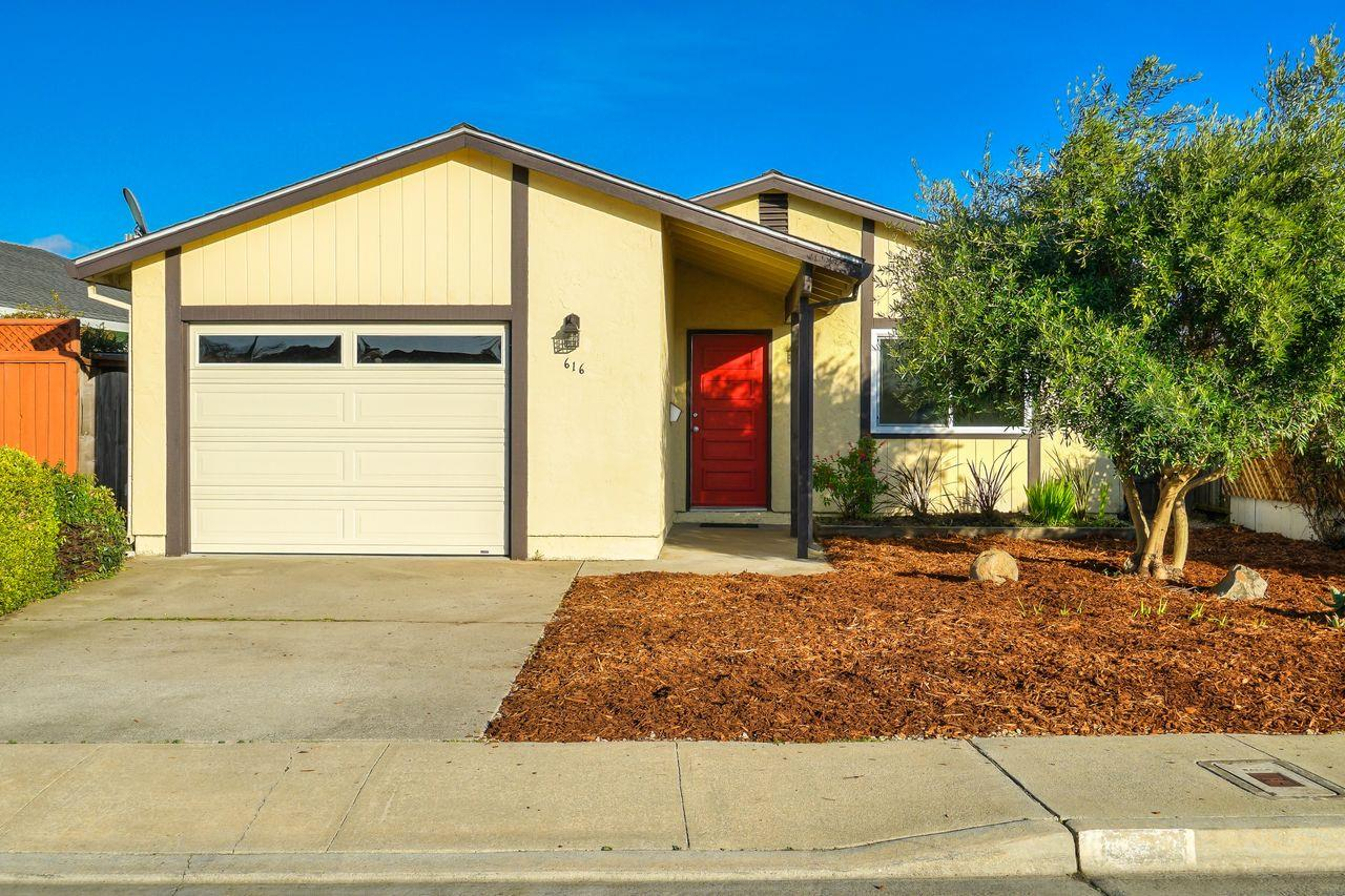 Detail Gallery Image 1 of 1 For 616 Peartree Dr, Watsonville,  CA 95076 - 2 Beds | 1 Baths
