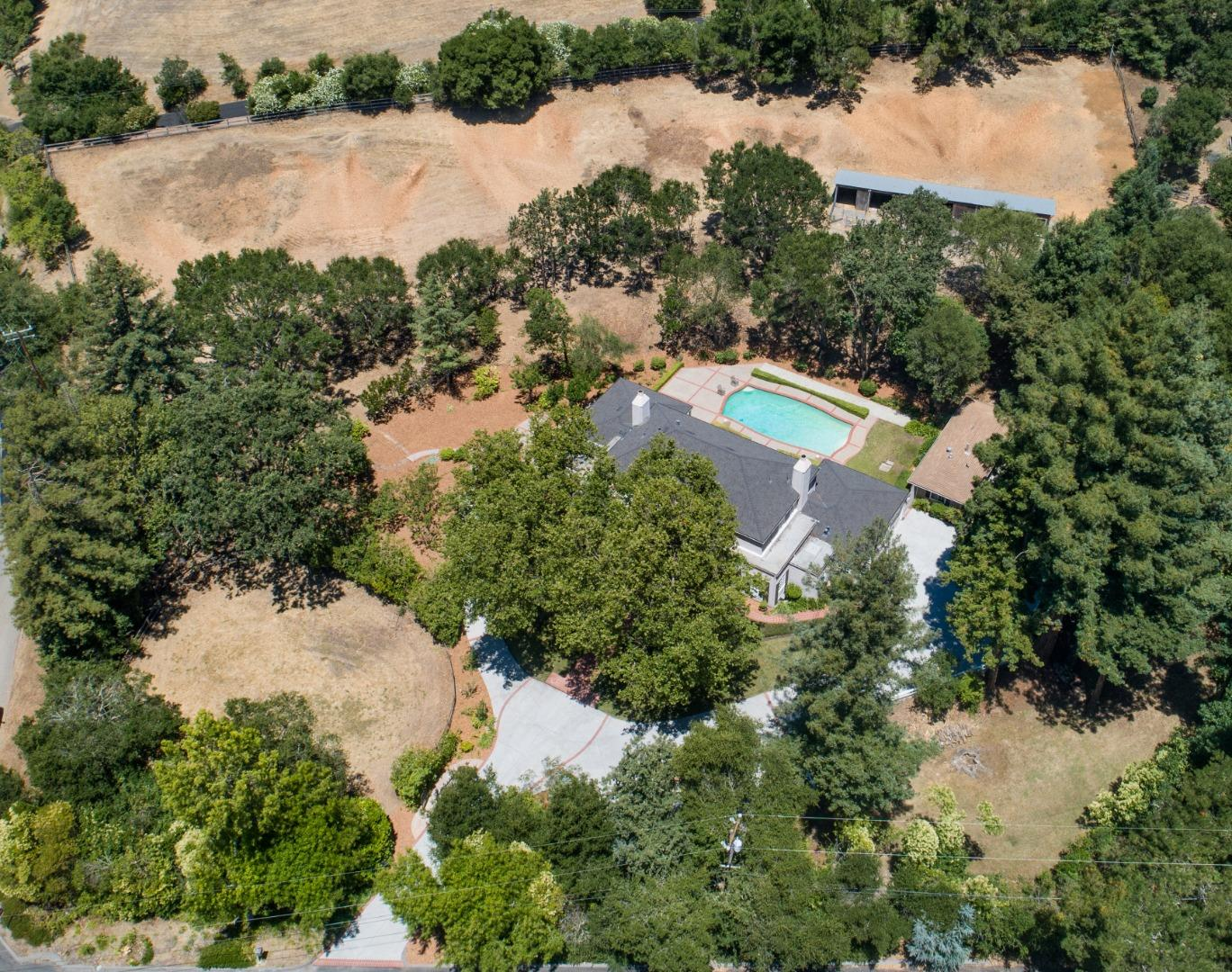 5 ZAPATA WAY, PORTOLA VALLEY, CA 94028