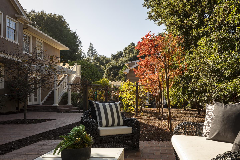 1650 Waverley ST Palo Alto, CA 94301
