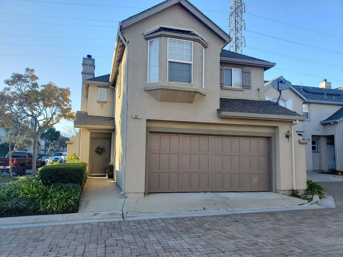Detail Gallery Image 1 of 1 For 997 Fitzgerald St, Salinas, CA 93906 - 3 Beds | 2/1 Baths