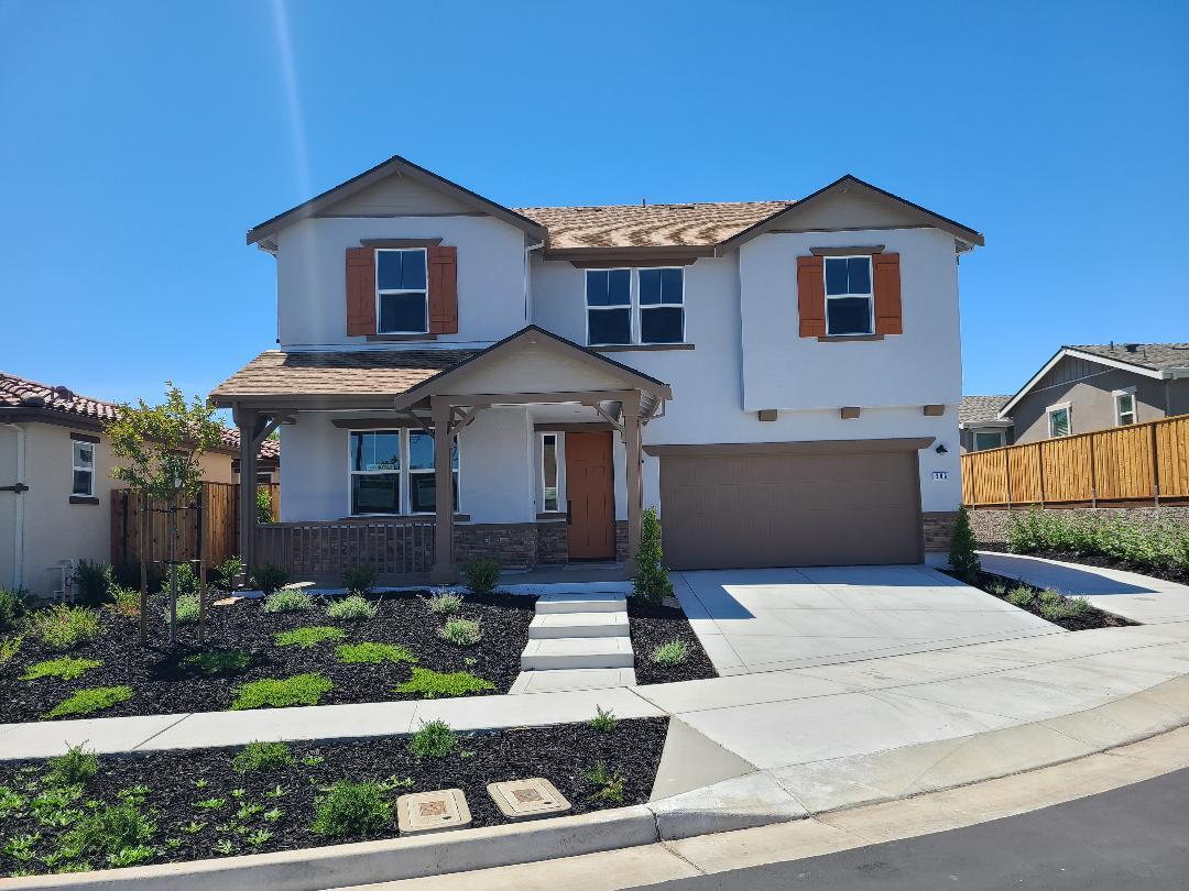 Detail Gallery Image 1 of 19 For 205 Copperleaf Ln Lot 8, San Juan Bautista, CA 95045 - 5 Beds | 3 Baths