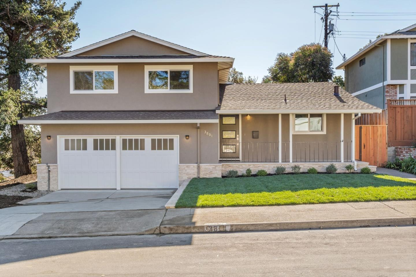 Detail Gallery Image 1 of 1 For 3801 Vineyard Dr, Redwood City, CA 94061 - 3 Beds   3 Baths