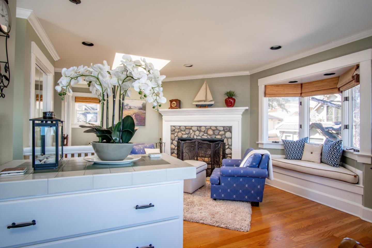 214 3rd ST Pacific Grove, CA 93950