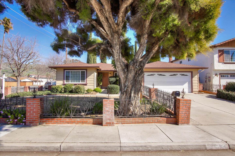 2804 Schooner Court San Jose, CA 95148