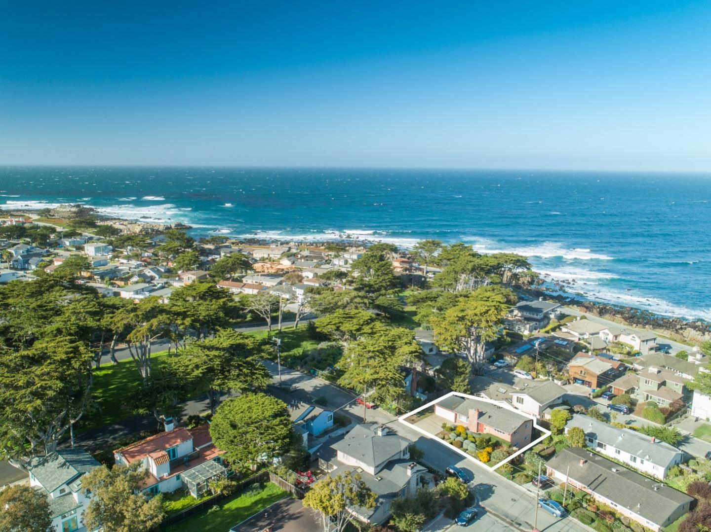 Detail Gallery Image 1 of 1 For 1038 Balboa Ave, Pacific Grove,  CA 93950 - 4 Beds | 2 Baths