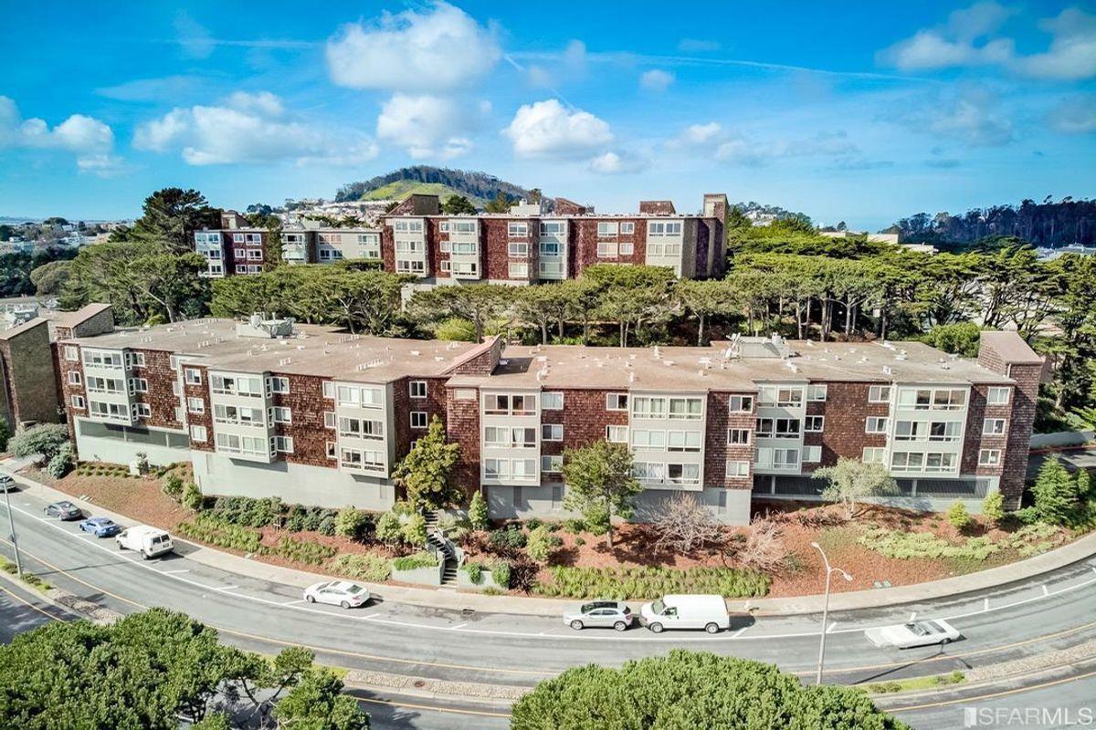 5140 Diamond Heights Boulevard UNIT 106A San Francisco, CA 94131