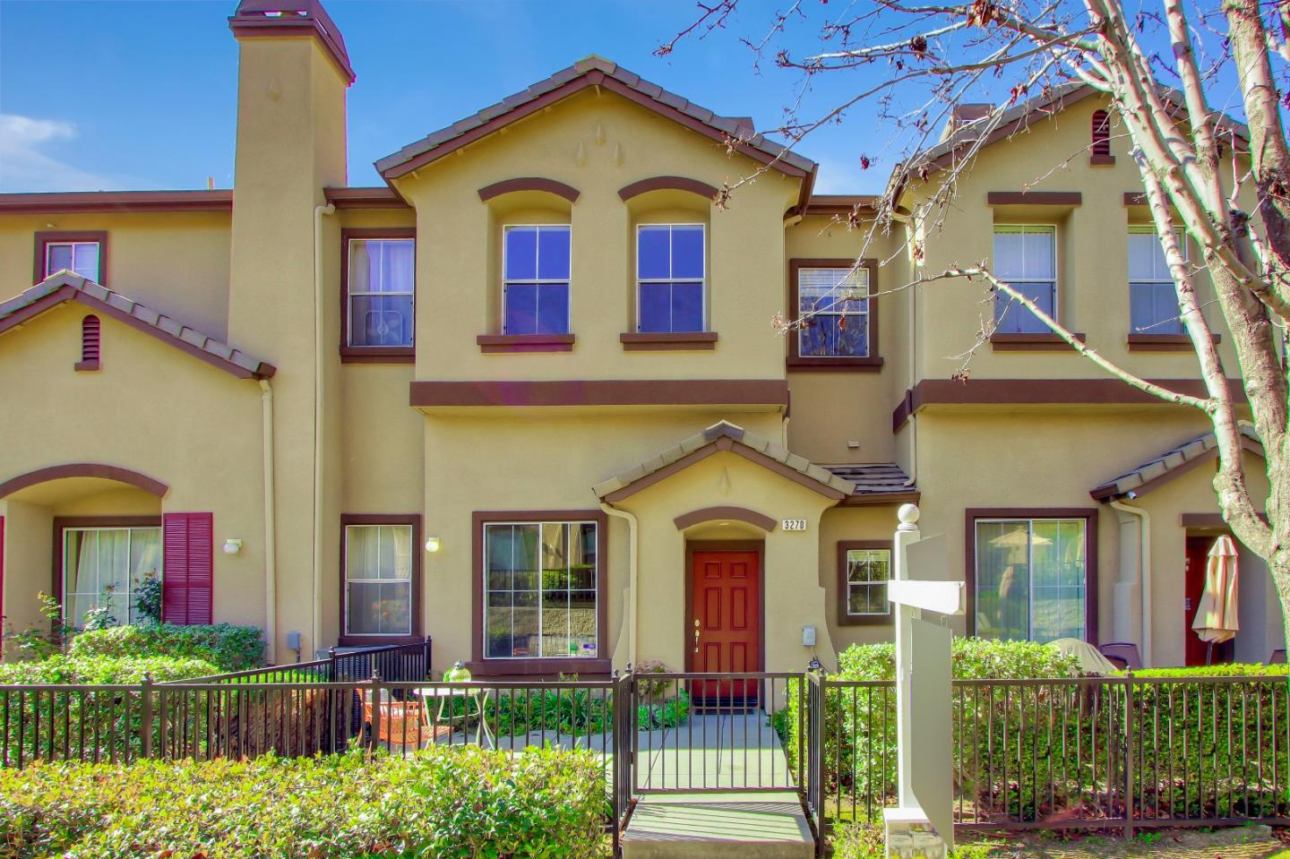 Detail Gallery Image 1 of 1 For 3270 Sangiovese Pl, San Jose,  CA 95135 - 3 Beds | 2/1 Baths
