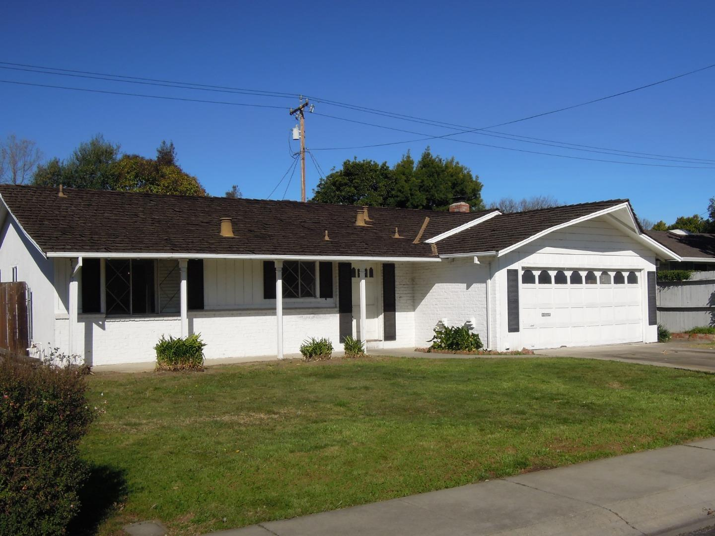 """INCREDIBLE OPPORTUNITY FOR REMODEL "" Great Campbell location close to Prune Yard.  This home is not finance-able and sold as is only. Buyers will need all cash only."