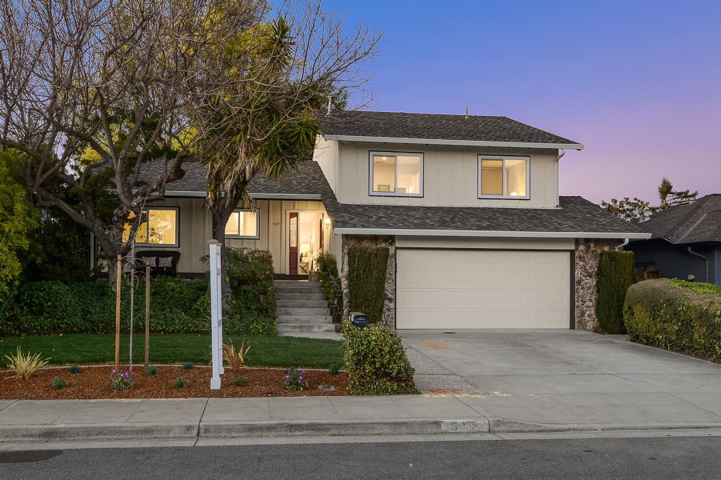 Detail Gallery Image 1 of 1 For 949 Buckeye Dr, Sunnyvale,  CA 94086 - 3 Beds | 2/1 Baths