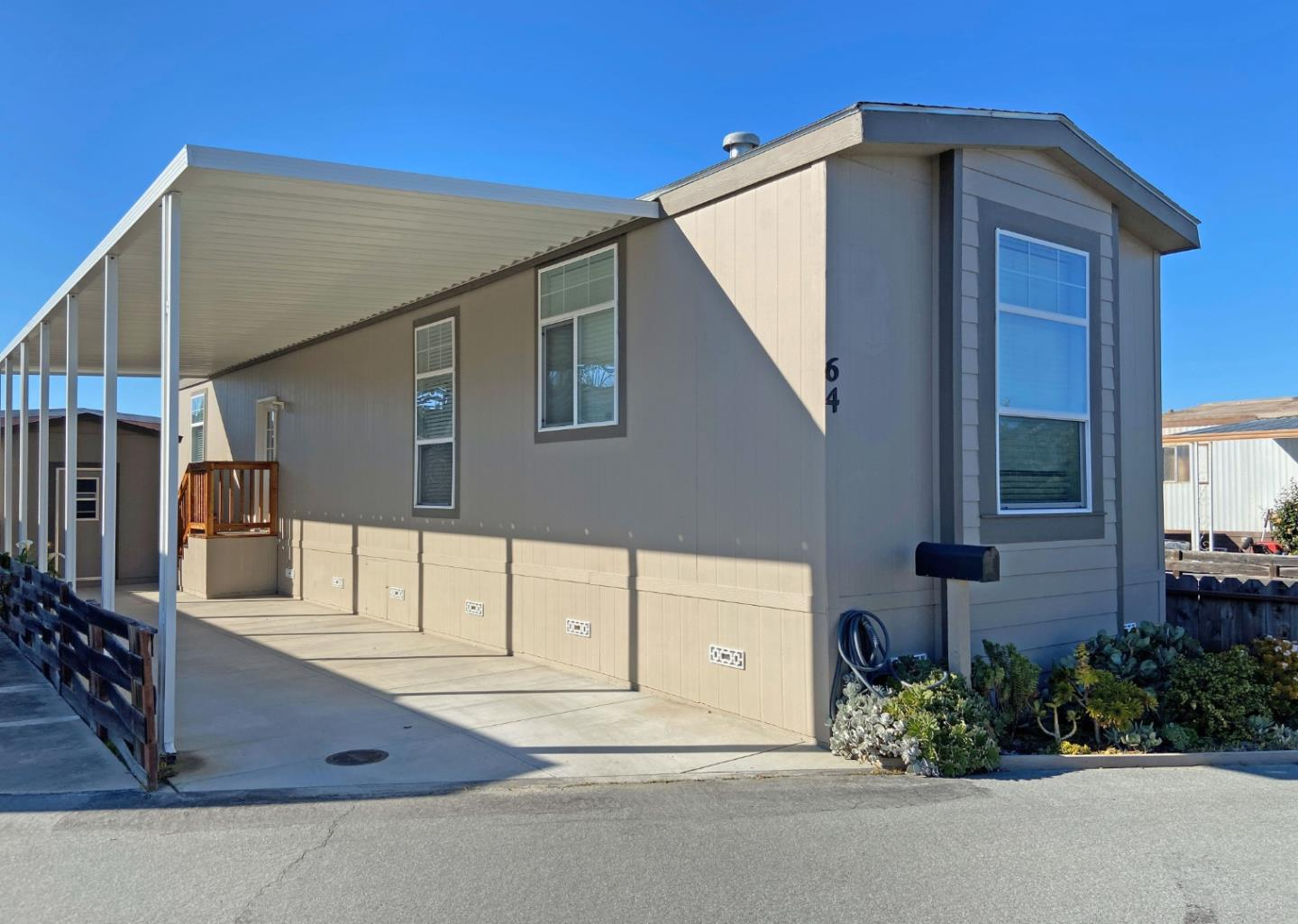 Detail Gallery Image 1 of 1 For 356 Reservation Rd #64,  Marina,  CA 93933 - 2 Beds   1 Baths