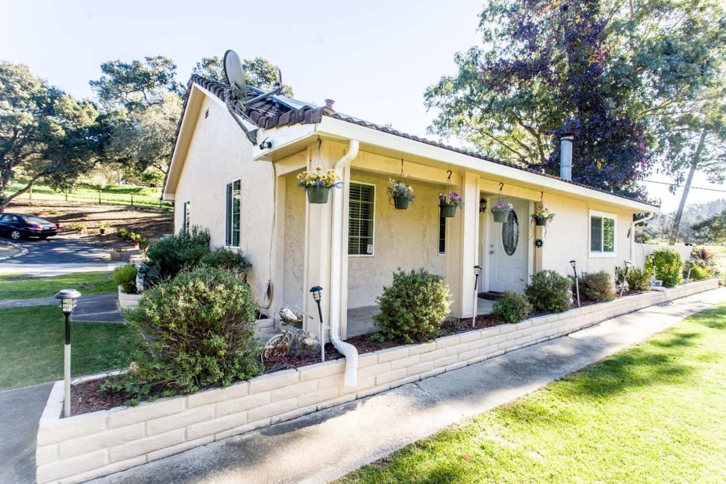 Detail Gallery Image 1 of 1 For 517 Maher Rd, Royal Oaks,  CA 95076 - 2 Beds | 1 Baths