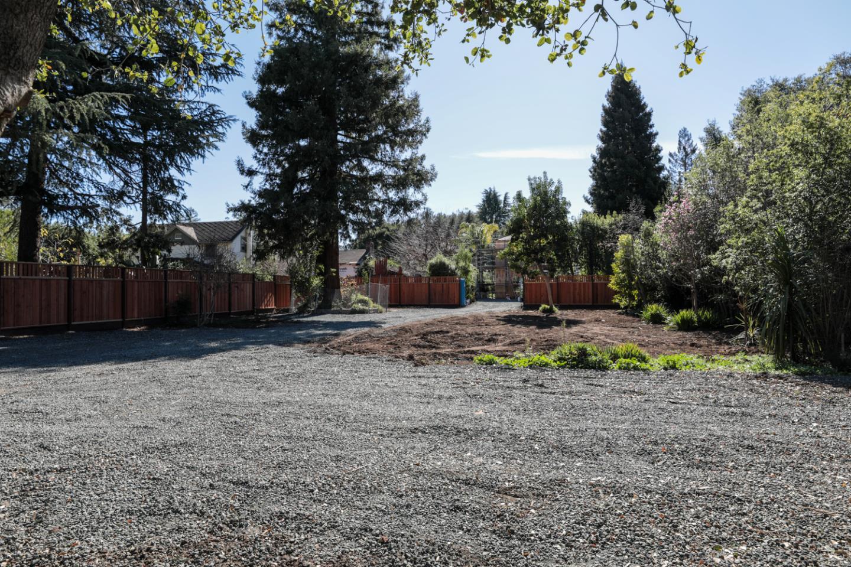 168 W Portola Avenue Los Altos, CA 94022