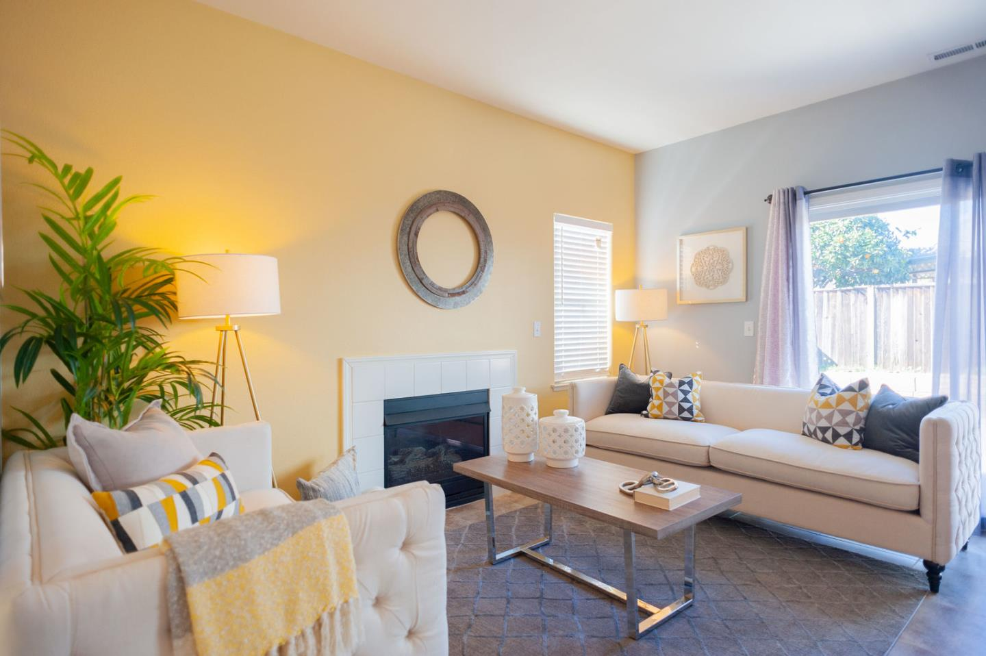Detail Gallery Image 1 of 31 For 1213 Panoche Ave, San Jose, CA 95122 - 4 Beds | 2/1 Baths