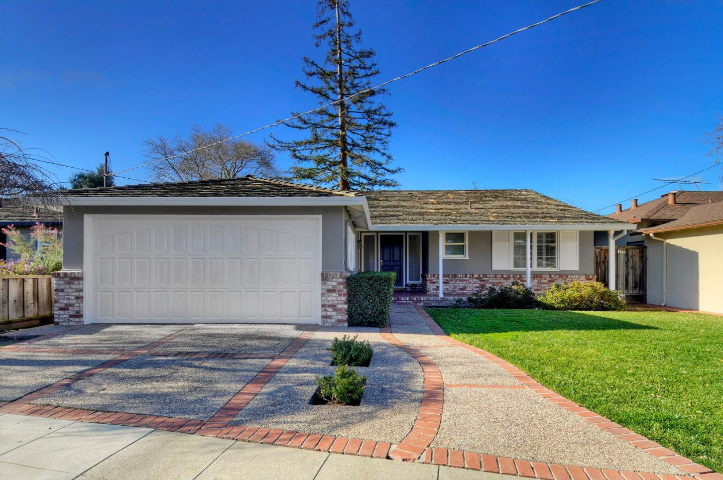 Detail Gallery Image 1 of 1 For 1562 Gover Ln, San Carlos, CA 94070 - 4 Beds   2 Baths