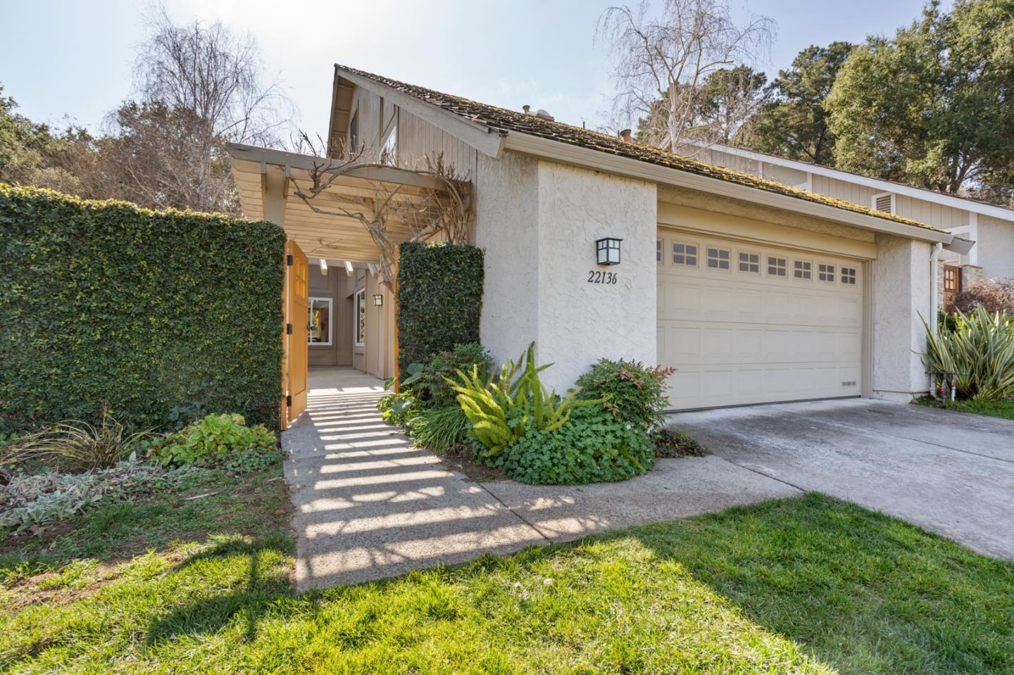 22136 DEAN CT, CUPERTINO, CA 95014