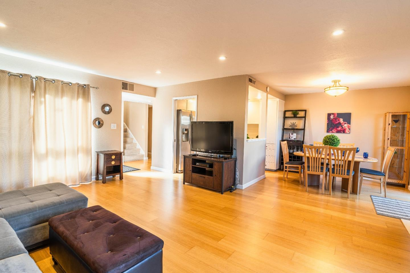 Detail Gallery Image 1 of 1 For 645 Pegasus Ln, Foster City, CA 94404 - 2 Beds | 1/1 Baths