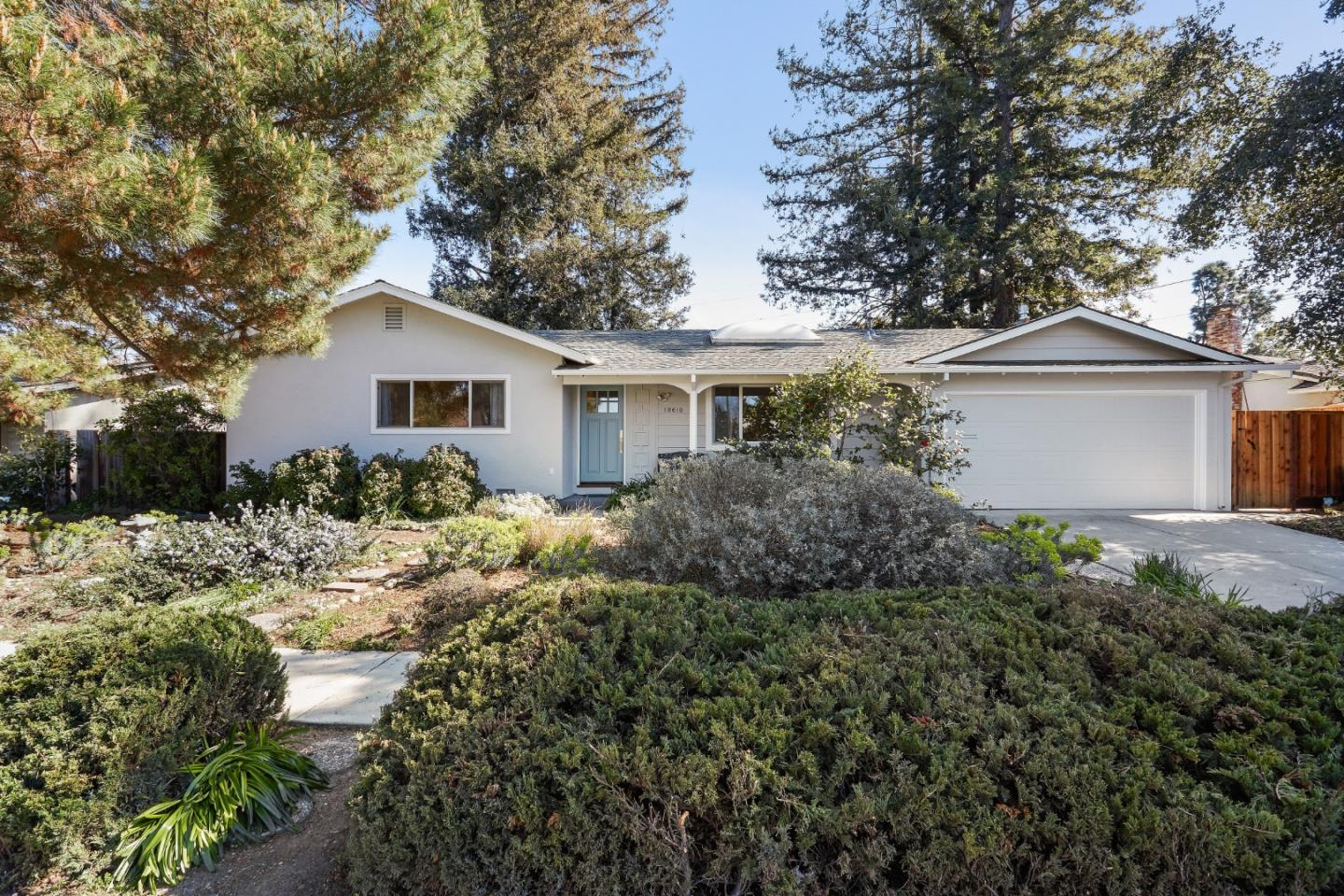 10610 E ESTATES DR, CUPERTINO, CA 95014