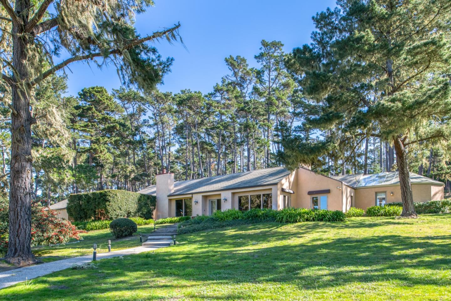 3175 Forest Lake Road Pebble Beach, CA 93953