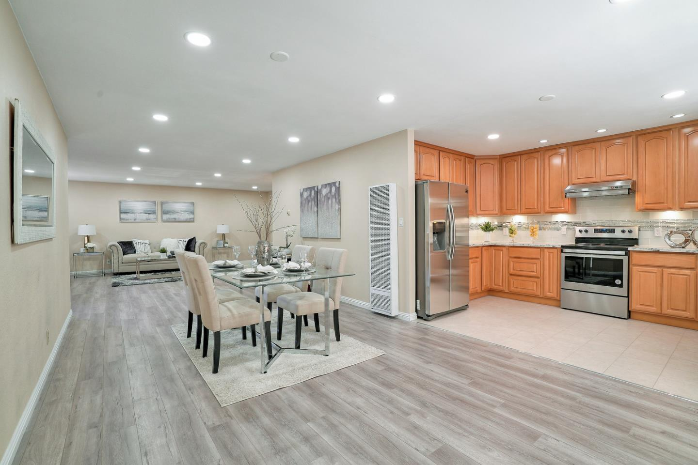 Detail Gallery Image 1 of 1 For 1921 Daniel Maloney Dr, San Jose, CA 95121 - 3 Beds | 2 Baths